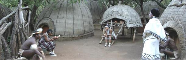 Villaggio tradizionale del popolo zulù, foto  di NWP&TB (http://www.tourismnorthwest.co.za/)
