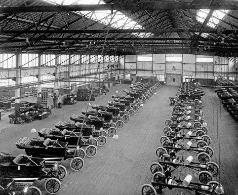 Model T assembly at Trafford park (UK)