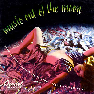 "Cover of vinyl music album Music Out of the Moon. Music Unusual Featuring the Theremin - Themes by Harry Revel. (1947) La foto rappresenta la copertina del vinile musicale ""Music Out of the Moon"". Neil Armstrong fece preparare un audio-cassetta con alcuni brani dell'Album musicale sopracitato, di Les Baxter e Samuel J. Hoffman, il più celebre suonatore americano di theremin. Musica che portò con se durante la Missione spaziale Apollo 11. (fonte immagine: https://en.wikipedia.org/wiki/Music_Out_of_the_Moon )"