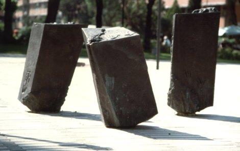 Giovanna De Santis Ricciardone, Ofelia, scultura, Roma, 1998-1999