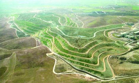 Landscape regeneration of the Valdemingomez landfill site. Courtesy of Israel Alba Architect